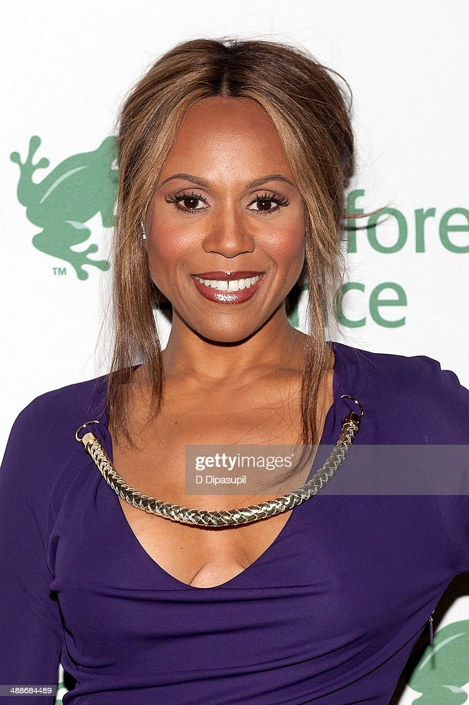 <a gi-track='captionPersonalityLinkClicked' href=/galleries/search?phrase=Deborah+Cox&family=editorial&specificpeople=213023 ng-click='$event.stopPropagation()'>Deborah Cox</a> attends the 2014 Rainforest Alliance Gala at the American Museum of Natural History on May 7, 2014 in New York City.