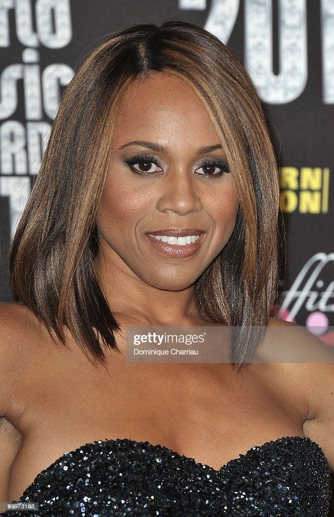 Deborah Cox poses backstage during the World Music Awards 2010 at the Sporting Club on May 18, 2010 in Monte Carlo, Monaco.