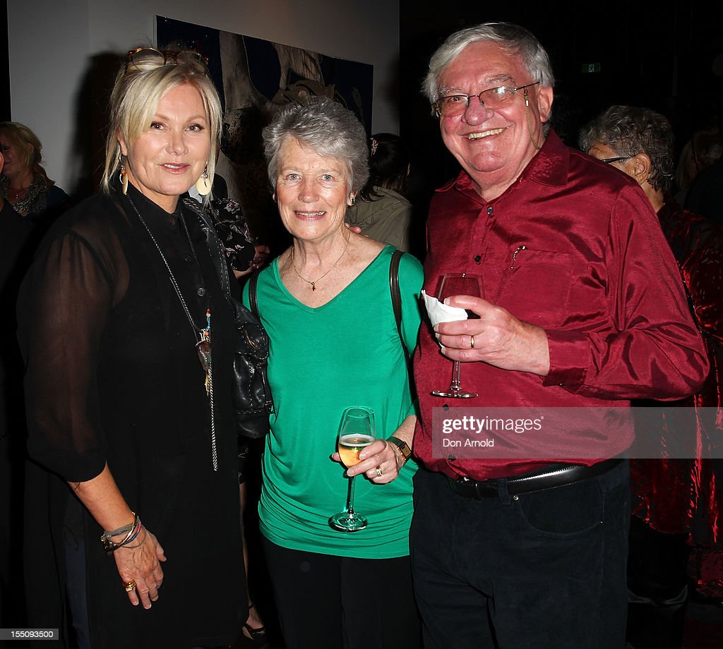 <a gi-track='captionPersonalityLinkClicked' href=/galleries/search?phrase=Deborra-Lee+Furness&family=editorial&specificpeople=542814 ng-click='$event.stopPropagation()'>Deborra-Lee Furness</a>, Elizabeth Jackman and Chris Jackman pose at the book launch of 'Nomad Two Worlds' by Russell James on November 1, 2012 in Sydney, Australia.