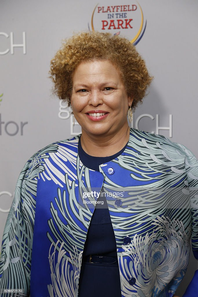 Debra Lee, chairman and chief executive officer of BET, attends the 23rd Annual White House Correspondents' Garden Brunch in Washington, D.C., U.S., on Saturday, April 30, 2016. The event will raise awareness for Halcyon Incubator, an organization that supports early stage social entrepreneurs 'seeking to change the world' through an immersive 18-month fellowship program. Photographer: Andrew Harrer/Bloomberg via Getty Images