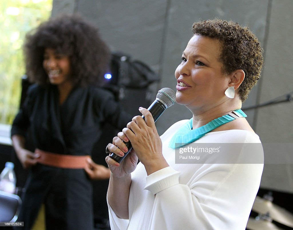 Debra Lee, Chairman & CEO, BET Networks, introduces <a gi-track='captionPersonalityLinkClicked' href=/galleries/search?phrase=Esperanza+Spalding&family=editorial&specificpeople=4151466 ng-click='$event.stopPropagation()'>Esperanza Spalding</a> at the GRAMMY Foundation - Debra Lee house concert with <a gi-track='captionPersonalityLinkClicked' href=/galleries/search?phrase=Esperanza+Spalding&family=editorial&specificpeople=4151466 ng-click='$event.stopPropagation()'>Esperanza Spalding</a> at Private Residence on May 5, 2013 in Washington, DC.
