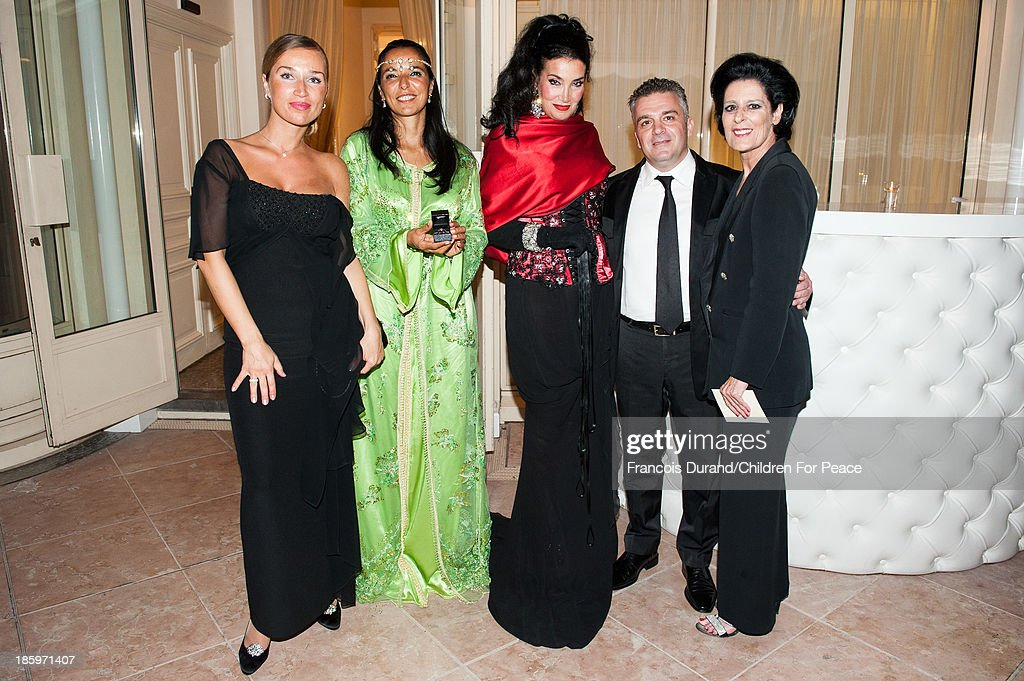 Debra Mace, President of The Children for Peace ONLUS, Valter Quilico, Lamia Khashoggi, vice president 'Children for Peace' (ONLUS) Myriam Kaabeche and guest attend the 'Opera Romeo and Juliette' : Gala to the benefit of the The Children for Peace association, on October 26, 2013 in Monte-Carlo, Monaco.