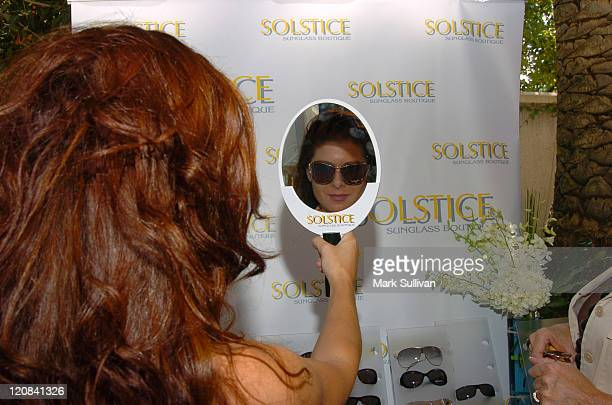 Debra Messing at Solstice at HBO Luxury Lounge