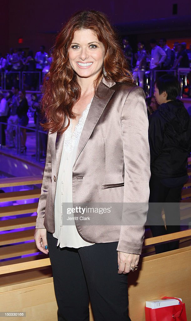 Debra Messing attend the Samsung Galaxy Note 10.1 launch party at Frederick P. Rose Hall, Jazz at Lincoln Center on August 15, 2012 in New York City.