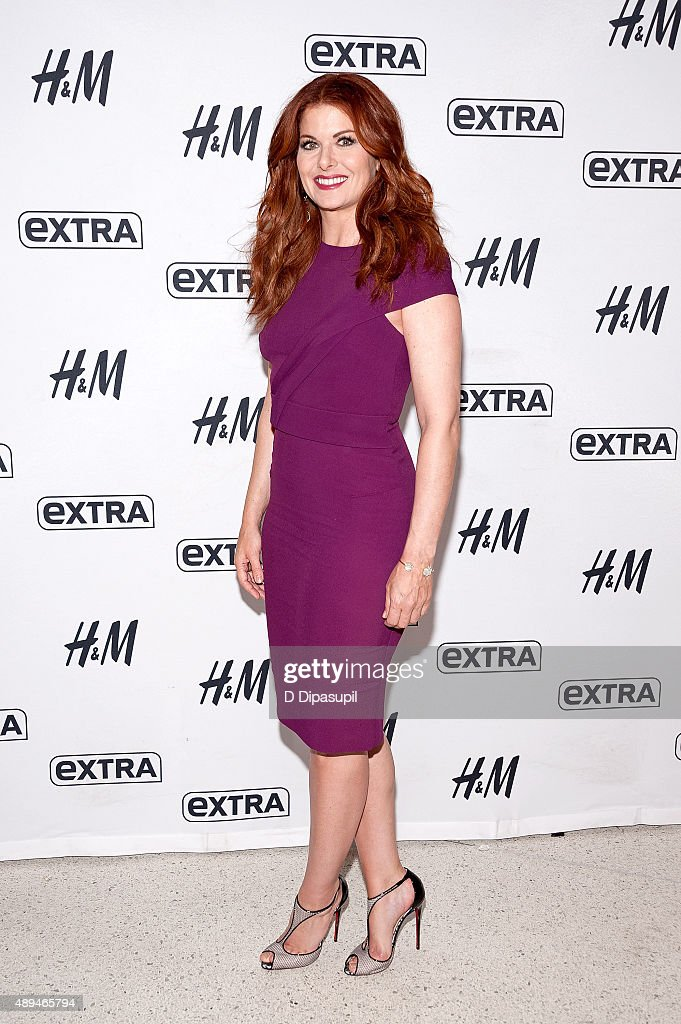 "Debra Messing Visits ""Extra"""