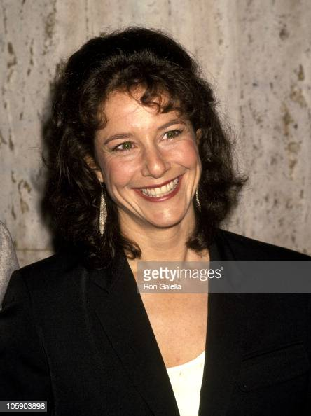 winger women Mary debra winger was born may 16, 1955 in cleveland, ohio, to ruth (felder), an officer manager, and robert jack winger, a meat packer.