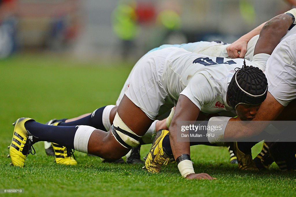 Debut cap <a gi-track='captionPersonalityLinkClicked' href=/galleries/search?phrase=Maro+Itoje&family=editorial&specificpeople=5967858 ng-click='$event.stopPropagation()'>Maro Itoje</a> of England packs down during the RBS Six Nations match between Italy and England at the Stadio Olimpico on February 14, 2016 in Rome, Italy.