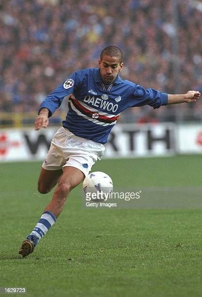 Juan Sebastian Veron of Sampdoria in action during the Serie A match against Inter Milan at the Lulgi Ferraris in Genoa Italy The match was drawn 11...