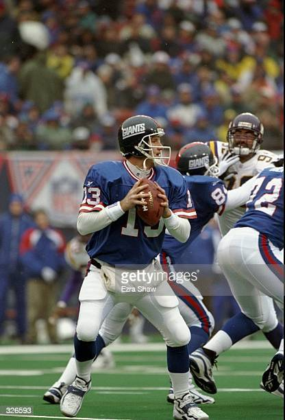 Quarterback Danny Kanell of the New York Giants in action during the Giants 2322 loss to the Minnesota Vikings at Giants Stadium in East Rutherford...