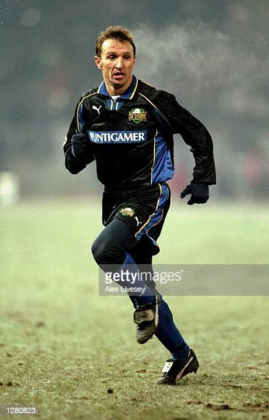 Tomislav Tomica Kocijan of Sturm Graz gives chase during the UEFA Champions League match against Inter Milan at the Arnold Schwarzenegger Stadion in...