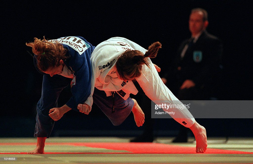 Eszter Csizmadia of Hungary battles with Belinda Giudice of Australia during the Ladies 63 kilogram class of the Sydney Challenge Judo at Darling Harbour, Sydney, Australia. This is a SOCOG Test Event. Mandatory Credit: Adam Pretty/ALLSPORT