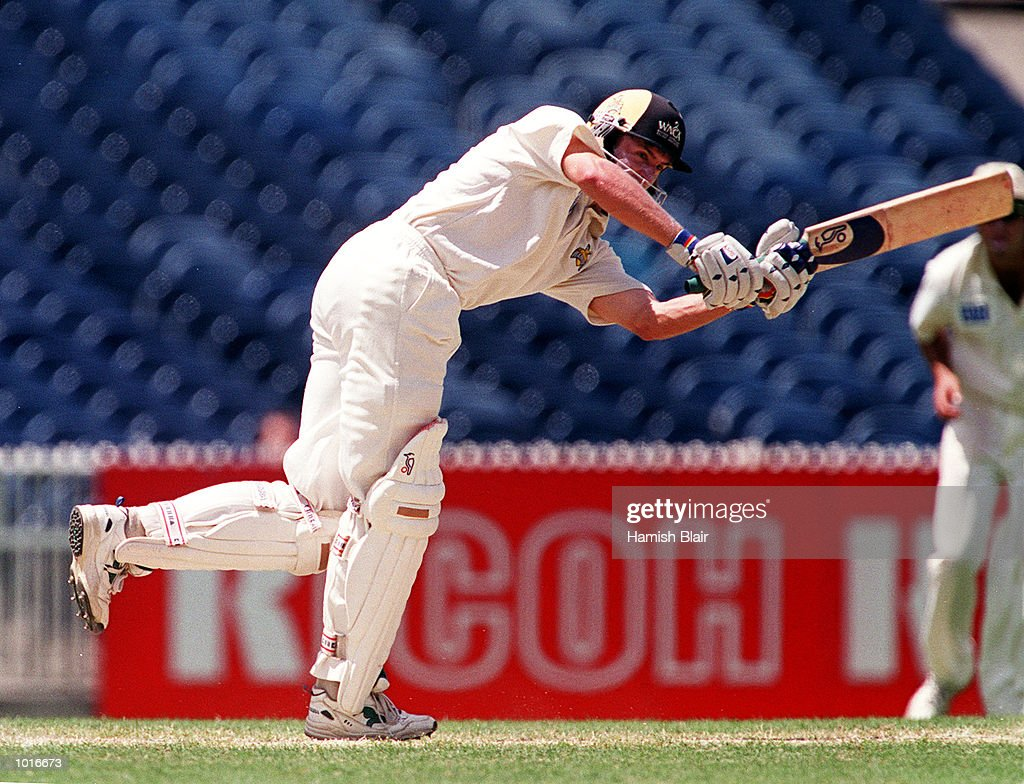 Mike Hussey of Western Australia on his way to 53, on day two of the Pura Milk Cup match between Victoria and Western Australia, played at the Melbourne Cricket Ground, Melbourne, Australia. Mandatory Credit: Hamish Blair/ALLSPORT