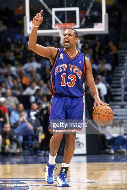 Point guard Mark Jackson of the New York Knicks dribbles the ball during the NBA game against the Washington Wizards at the MCI Center in Washington...