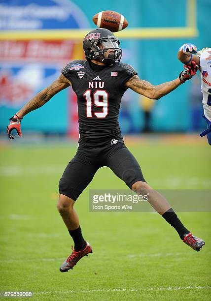 Northern Illinois Huskies wide receiver Kenny Golladay can't catch this deflected pass during the Poinsettia Bowl played against the Boise State...