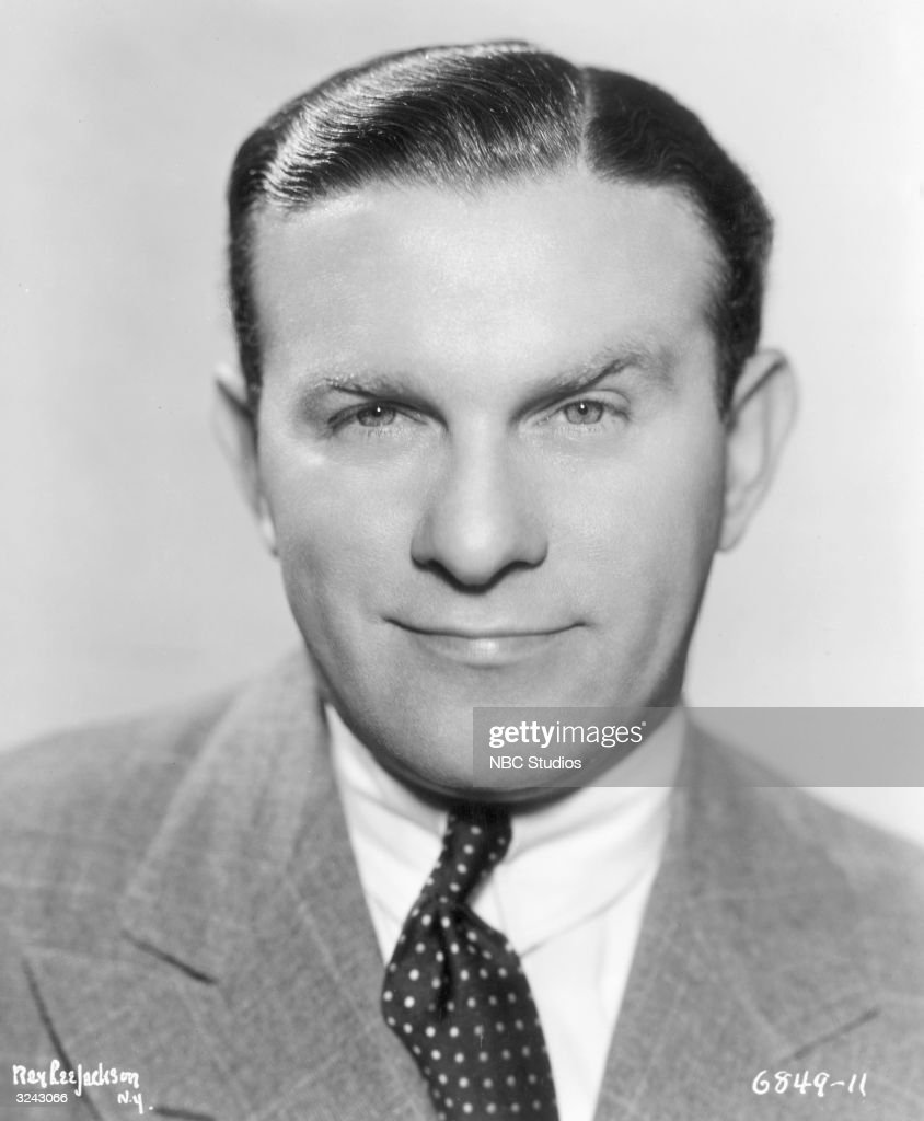 Studio headshot portrait of American actor and comedian <a gi-track='captionPersonalityLinkClicked' href=/galleries/search?phrase=George+Burns+-+Actor&family=editorial&specificpeople=90939 ng-click='$event.stopPropagation()'>George Burns</a> (1896 - 1996) wearing blazer and a polka dot tie.