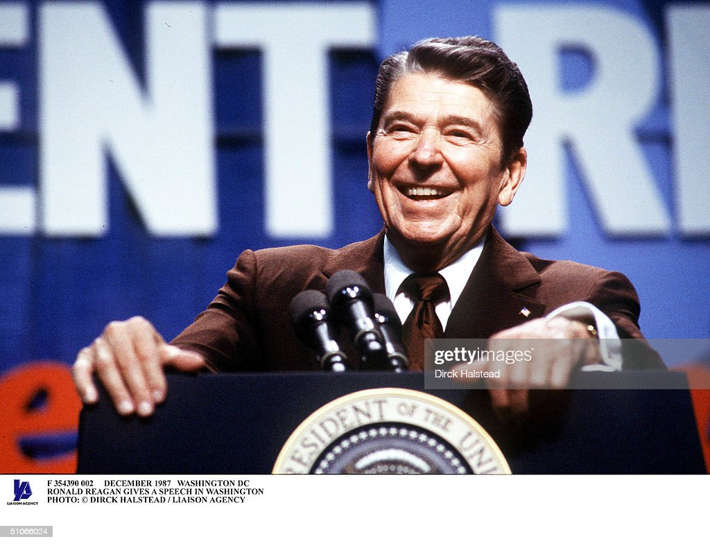 December 1987 Washington Dc Ronald Reagan Gives A Speech In Washington