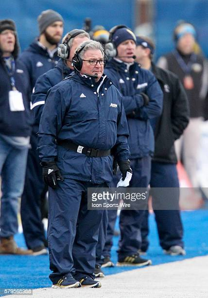 Akron Zips head coach Terry Bowden during Famous Idaho Potato Bowl game between the Akron Zips and the Utah State Aggies at Albertsons Stadium in...