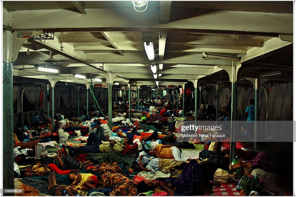 CONTENT] Deck of City Dhaka-Barisal Steamer... People use to sleep like this on the lower deck of the ship.