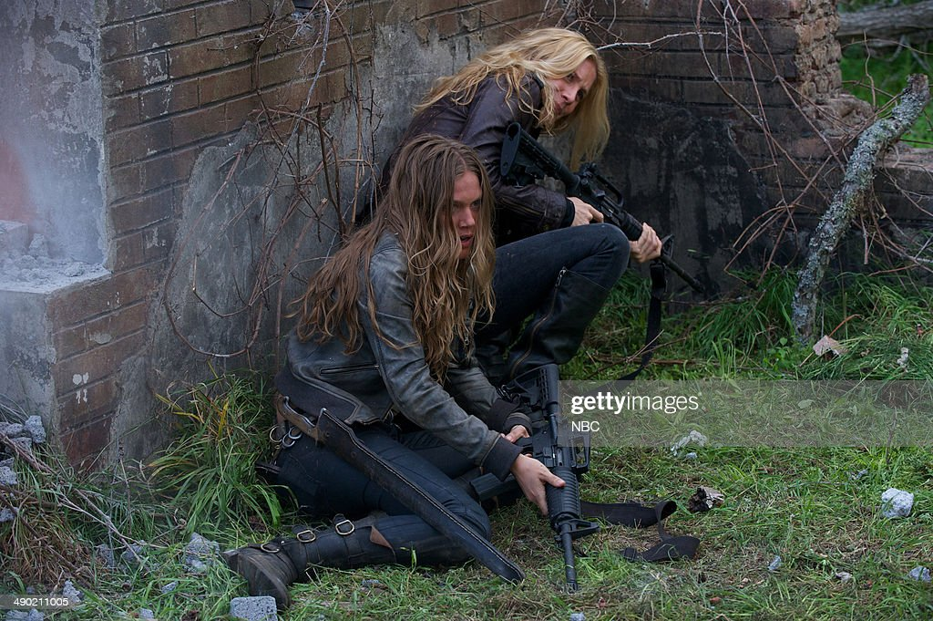 REVOLUTION -- 'Declaration of Independence' Episode 222 -- Pictured: (l-r) <a gi-track='captionPersonalityLinkClicked' href=/galleries/search?phrase=Tracy+Spiridakos&family=editorial&specificpeople=8954855 ng-click='$event.stopPropagation()'>Tracy Spiridakos</a> as Charlie Matheson, <a gi-track='captionPersonalityLinkClicked' href=/galleries/search?phrase=Elizabeth+Mitchell&family=editorial&specificpeople=2436267 ng-click='$event.stopPropagation()'>Elizabeth Mitchell</a> as Rachel Matheson --