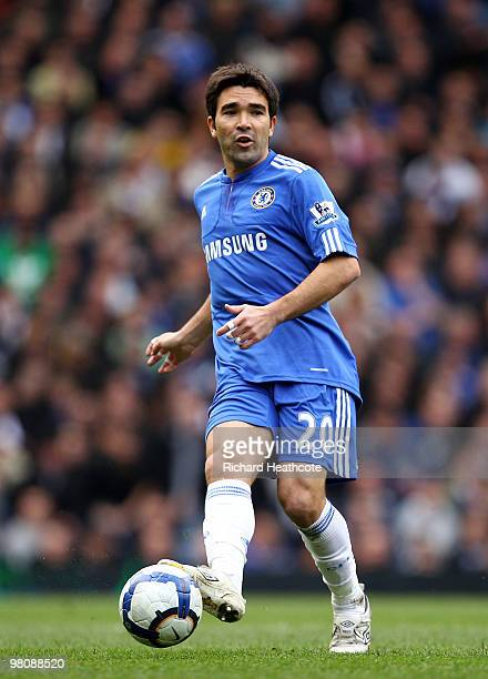 Deco of Chelsea in action during the Barclays Premier League match between Chelsea and Aston Villa at Stamford Bridge on March 27 2010 in London...