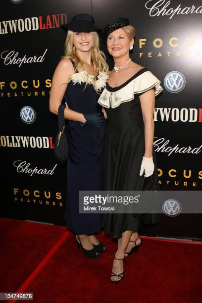Dee Wallace on the right and her daughter Gabrielle Stone on the left