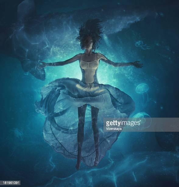 deep dreams in ocean
