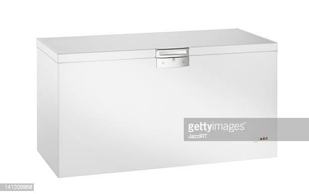 Un congélateur (isolé avec un Tracé de détourage sur fond blanc