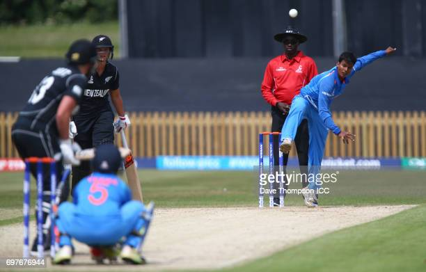 Deepti Sharma of India bowls to Suzie Bates of Nw Zealand during the ICC Women's World Cup warm up match between India and New Zealand at The County...