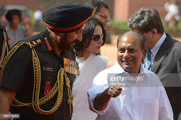 Defence minister AK Antony and Army Chief General Bikram Singh during Chinese Premier Li Keqiang India visit in New Delhi on Monday