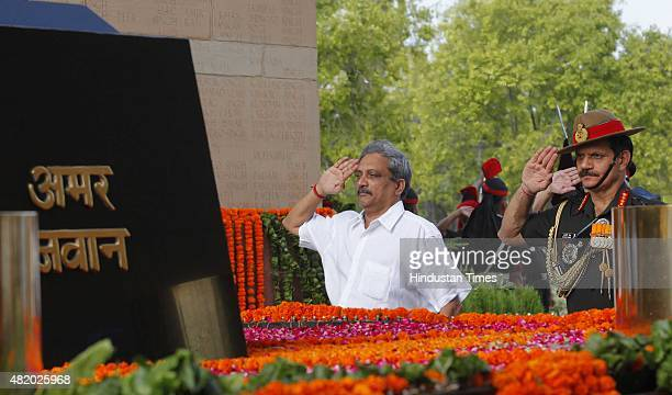 2015 Defence Minister Manohar Parrikar and Army Chief Dalbir Singh pay tribute to Kargil martyrs on the occasion of 16th Anniversary of the Kargil...