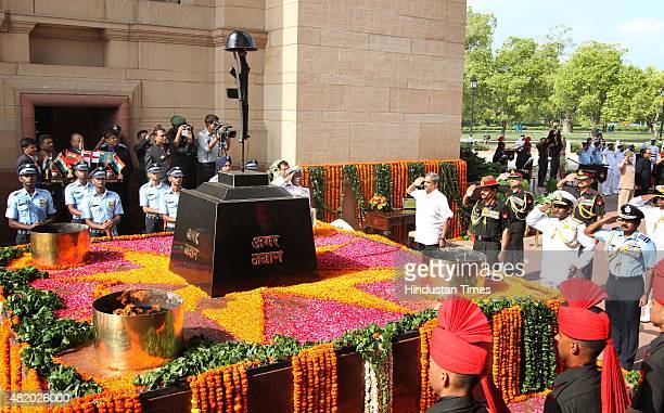2015 Defence Minister Manohar Parrikar Army Chief Dalbir singh Air Force Chief Arup Raha and Vice Admiral P Murugesan Vice Chief of Naval Staff pay...