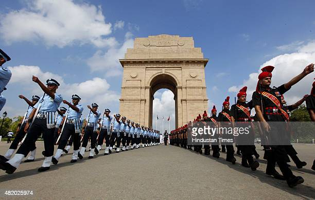 Defence personnel pay tribute to Kargil martyrs on the occasion of 16th Anniversary of the Kargil War or Kargil Vijay Diwas at Amar Jawan Jyoti India...