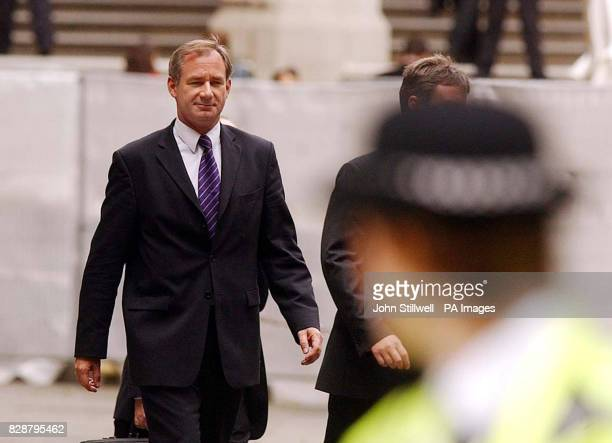 Defence Secretary Geoff Hoon arrives at the High Court London to face the Hutton Inquiry * The Secretary of State can expect an even tougher grilling...
