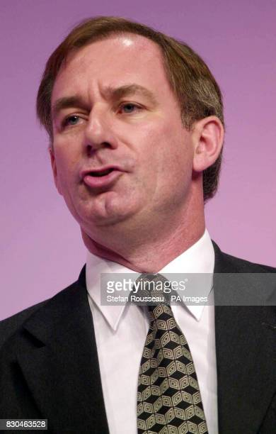 Defence Secretary Geoff Hoon delivers his speech during the third day of the Labour Party political conference held in Brighton * defence Secretary...