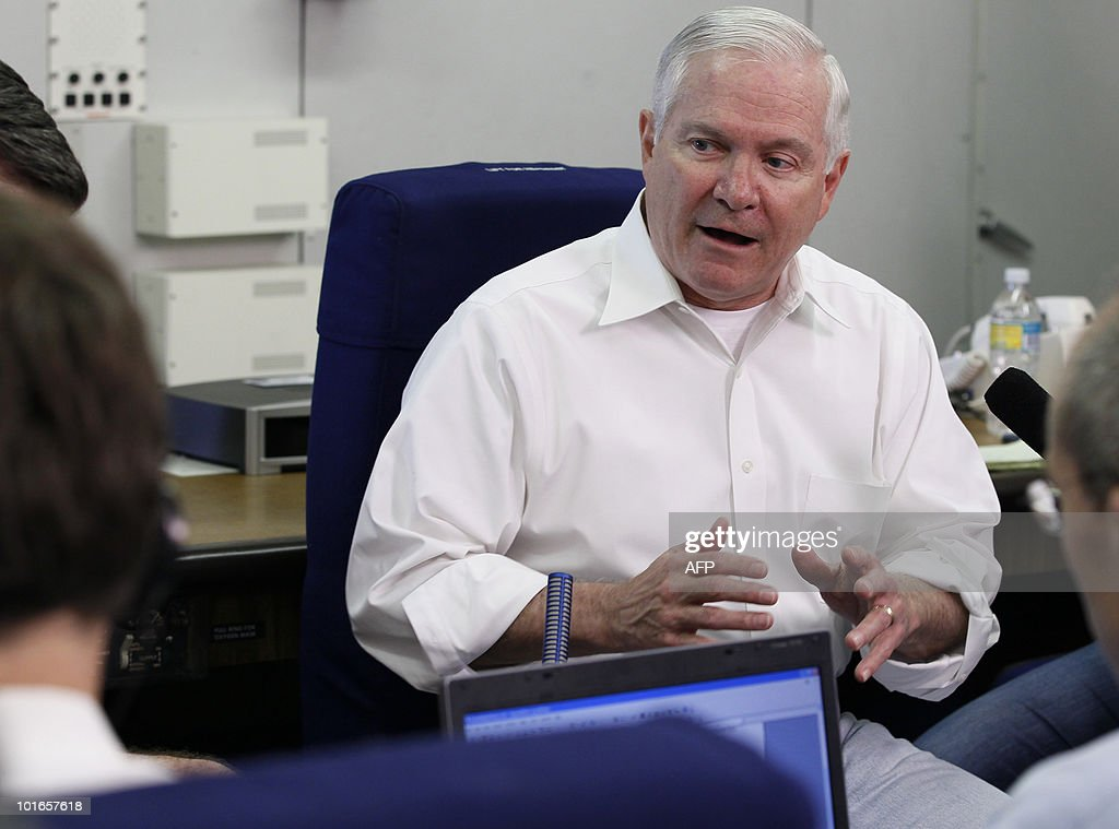 US Defence Secretary Robert Gates address media aboard a US military aircraft, en route to Baku, Azerbaijan, from Singapore, on June 6, 2010. Gates warned that North Korea may stage more 'provocations' while being held to account for the sinking of a South Korean warship that has inflamed cross-border tensions. Gates, who met counterparts from Japan and South Korea on the sidelines of an Asian security conference that wrapped up in Singapore June 6, called for a united front but admitted Washington and its allies had limited options. AFP PHOTO / Carolyn Kaster / POOL