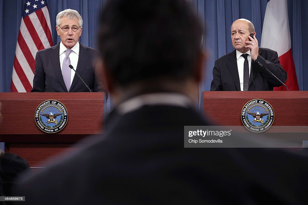 U.S. Defense Secretary <a gi-track='captionPersonalityLinkClicked' href=/galleries/search?phrase=Chuck+Hagel&family=editorial&specificpeople=504963 ng-click='$event.stopPropagation()'>Chuck Hagel</a> (L) and French Defense Minister <a gi-track='captionPersonalityLinkClicked' href=/galleries/search?phrase=Jean-Yves+Le+Drian&family=editorial&specificpeople=2122785 ng-click='$event.stopPropagation()'>Jean-Yves Le Drian</a> hold a news conference at the Pentagon January 24, 2014 in Arlington, Virginia. The two leaders talked about their military cooperation in Africa and other topics during their meetings.