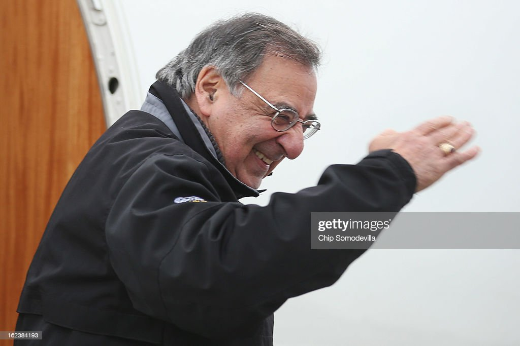 S. Defense Secretary Leon Panetta (C) salutes as he boards a plane for California after returning from NATO meetings in Brussels February 22, 2013 at Joint Base Andrews, Maryland. If former Sen. Chuck Hagel (R-NE) is confirmed as the new defense secretary in the next few days, Panetta said this would be his last overseas trip as the top civilian at the Pentagon.