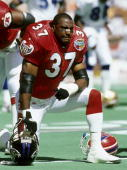AFC defensive back Bennie Thompson of the Baltimore Ravens during the AFC's 2310 victory over the NFC in the 1999 NFL Pro Bowl played on February 7...