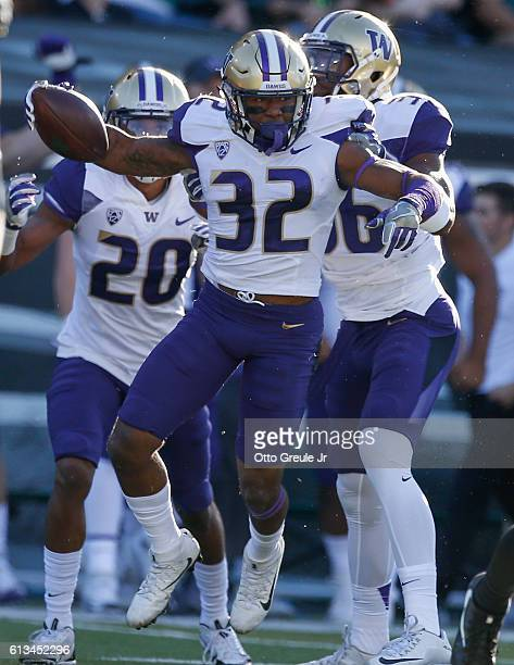 Defensive back Budda Baker of the Washington Huskies celebrates after intercepting a pass against the Oregon Ducks on October 8 2016 at Autzen...