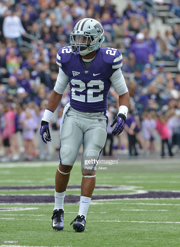 Defensive back Dante Barnett #22 of the Kansas State Wildcats gets set on defense during the Purple and White Spring Game on April 27, 2013 at Bill Snyder Family Stadium in Manhattan, Kansas.