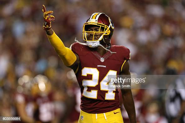 Pittsburgh Steelers v Washington Redskins : News Photo