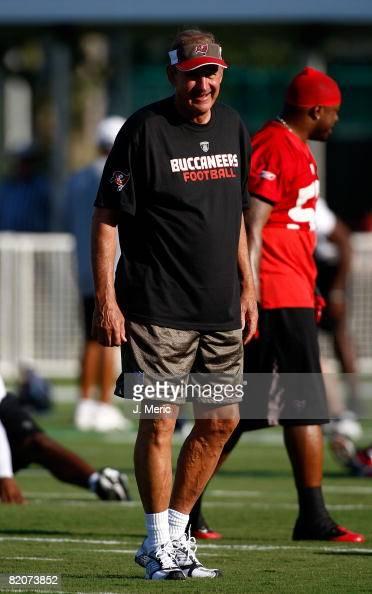 Defensive coordinator Monte Kiffin of the Tampa Bay Buccaneers directs his defense during training camp on July 26 2008 at Hess Sports Fields in Lake...