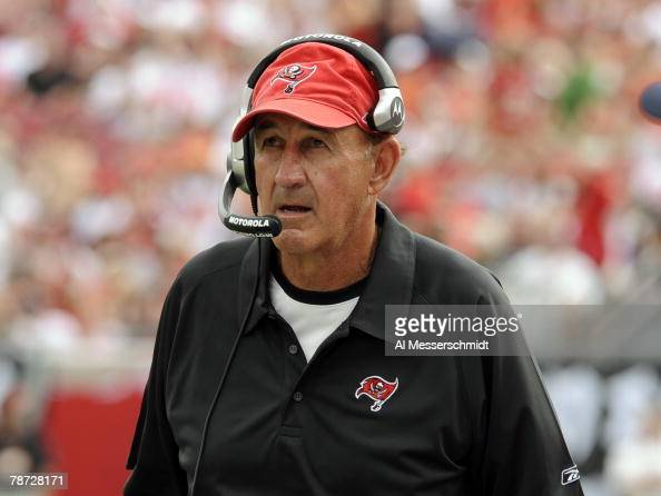 Defensive coordinator Monte Kiffin of the Tampa Bay Buccaneers watches play against the Carolina Panthers at Raymond James Stadium on December 30...