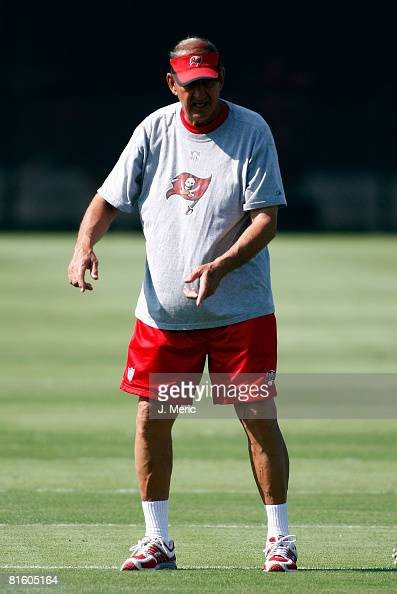 Defensive Coordinator Monte Kiffin of the Tampa Bay Buccaneers directs some players during minicamp on June 17 2008 at One Buccaneer Place in Tampa...