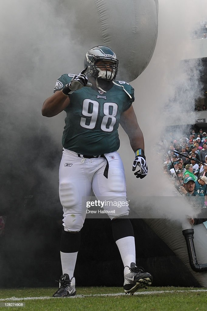Defensive tackle Mike Patterson of the Philadelphia Eagles enters the field before the game against the San Francisco 49ers at Lincoln Financial...