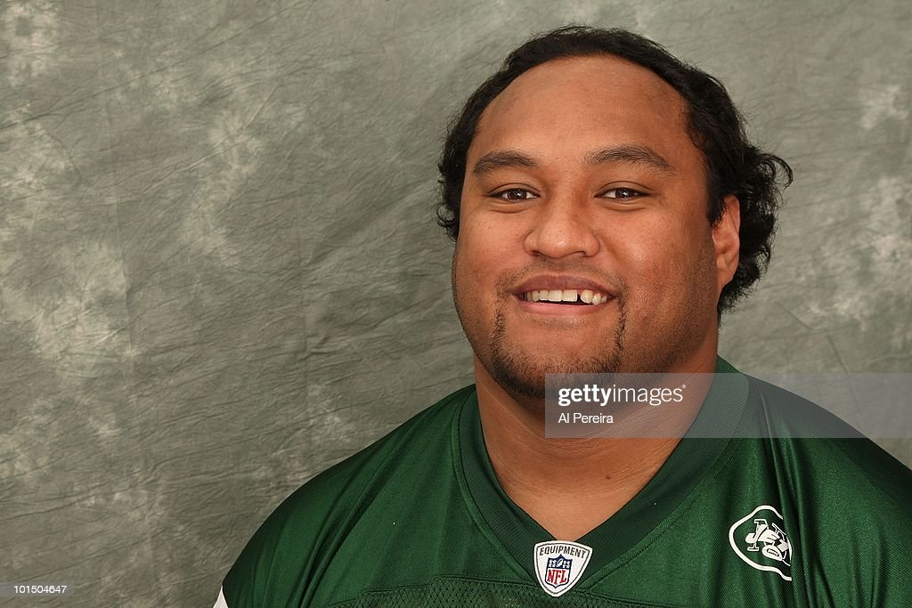 Defensive Tackle <b>Sione Pouha</b> #91 of the New York Jets appears in a portrait ... - defensive-tackle-sione-pouha-of-the-new-york-jets-appears-in-a-on-picture-id101504647