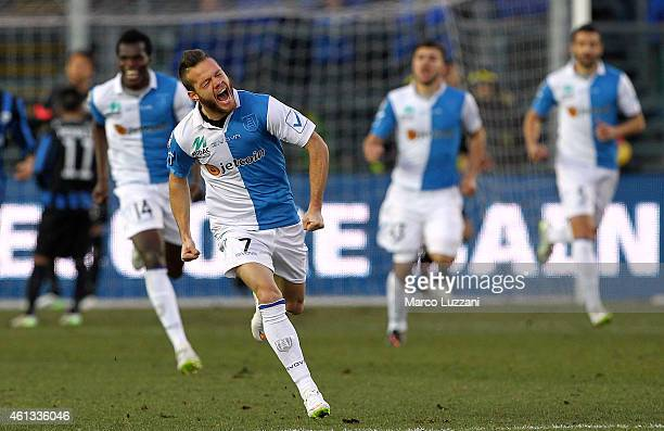 Dejan Lazarevic of AC Chievo Verona celebrates after scoring his goal during the Serie A match between Atalanta BC and AC Chievo Verona at Stadio...