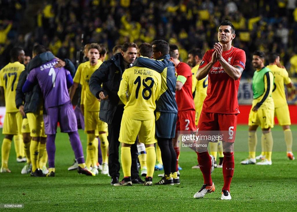 Dejan Lovren of Liverpool applauds the travelling fans after the UEFA Europa League semi final first leg match between Villarreal CF and Liverpool at Estadio El Madrigal on April 28, 2016 in Villarreal, Spain.