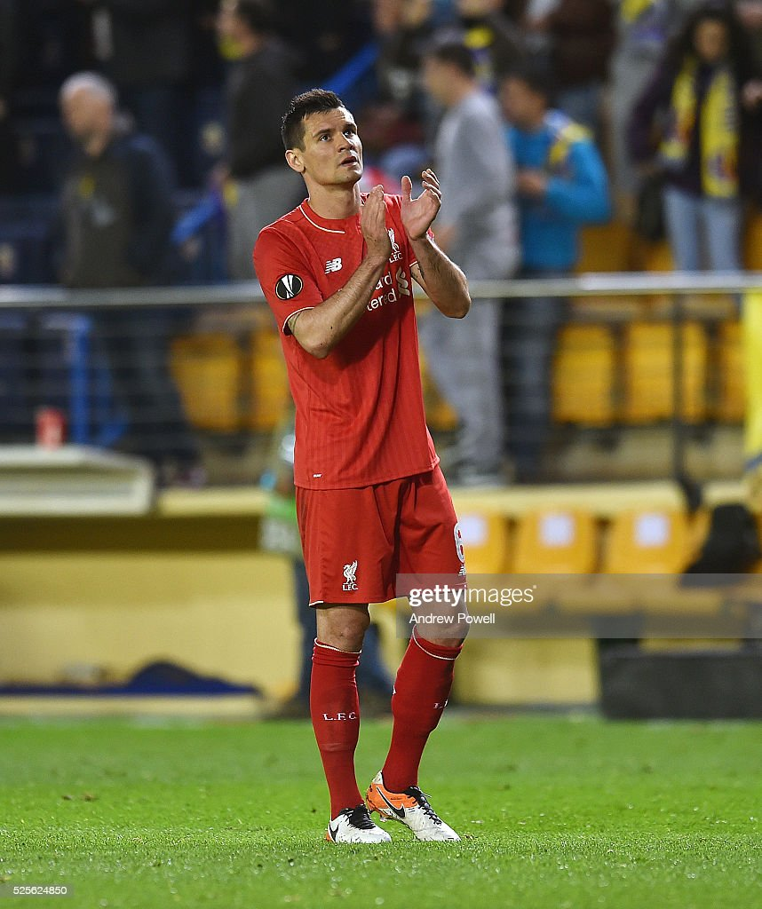 Dejan Lovren of Liverpool shows his appreciation to the fans at the end of the UEFA Europa League Semi Final: First Leg match between Villarreal CF and Liverpool on April 28, 2016 in Villarreal, Spain.
