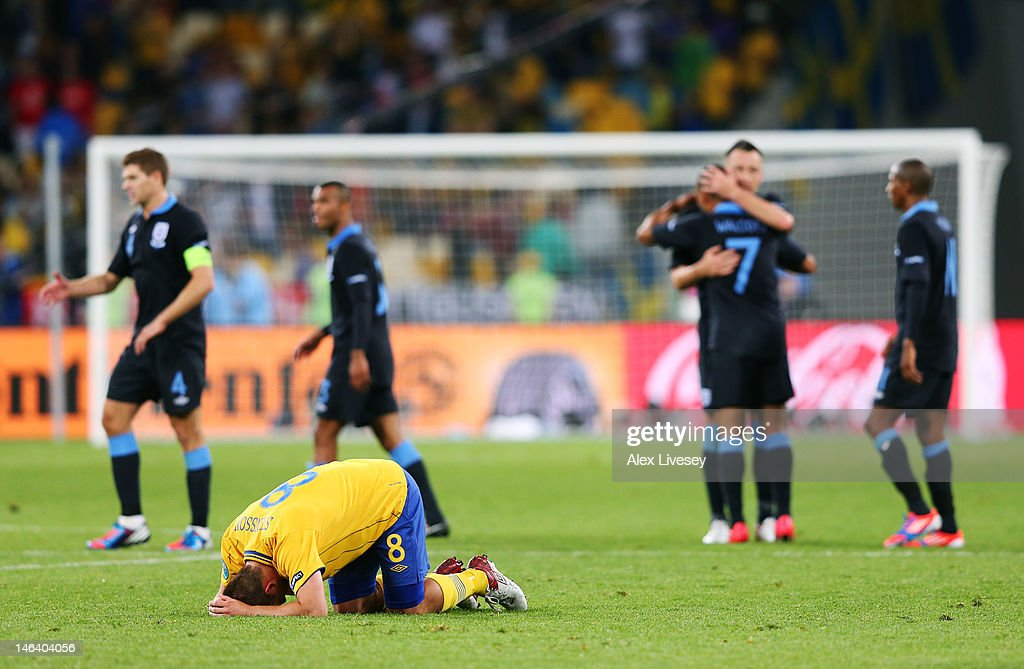 Dejected <a gi-track='captionPersonalityLinkClicked' href=/galleries/search?phrase=Anders+Svensson&family=editorial&specificpeople=167083 ng-click='$event.stopPropagation()'>Anders Svensson</a> of Sweden after defeat in the UEFA EURO 2012 group D match between Sweden and England at The Olympic Stadium on June 15, 2012 in Kiev, Ukraine.